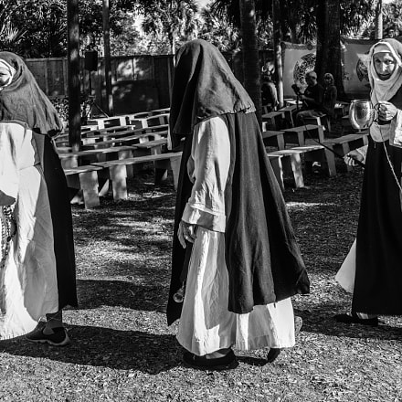 People of miami - Fun loving nuns.....
