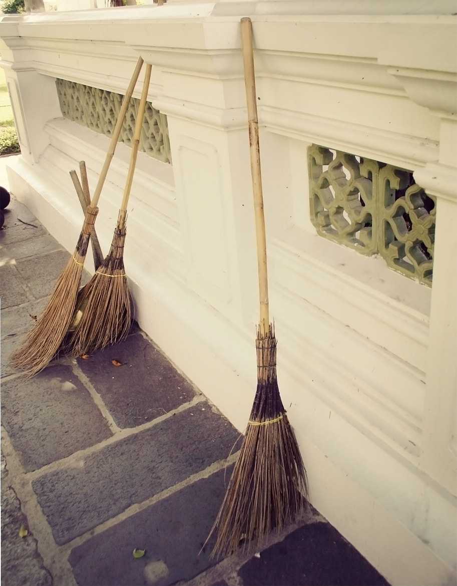 Photograph Brooms on Bangkok by Old Lantern Lane  on 500px