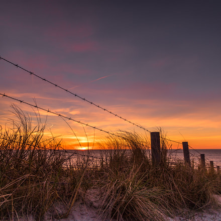 Sunset Barbwire, Canon EOS 750D, Canon EF-S 10-22mm f/3.5-4.5 USM