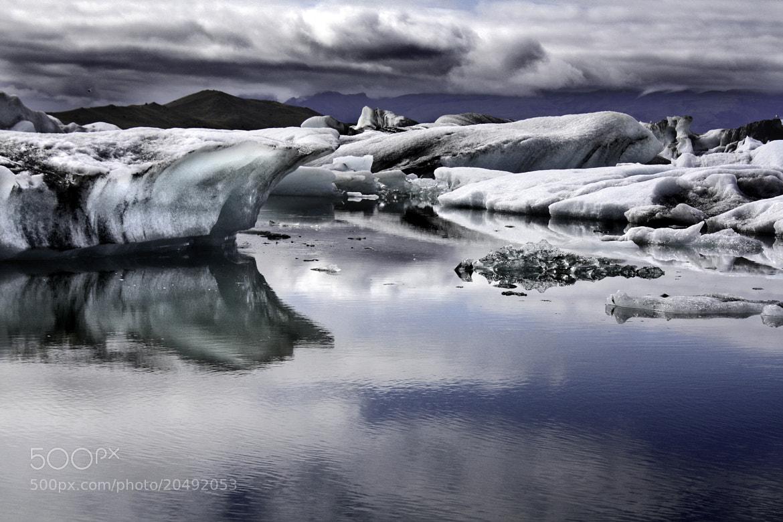 Photograph Glaciar Lake by Jesús Sánchez Ibáñez on 500px