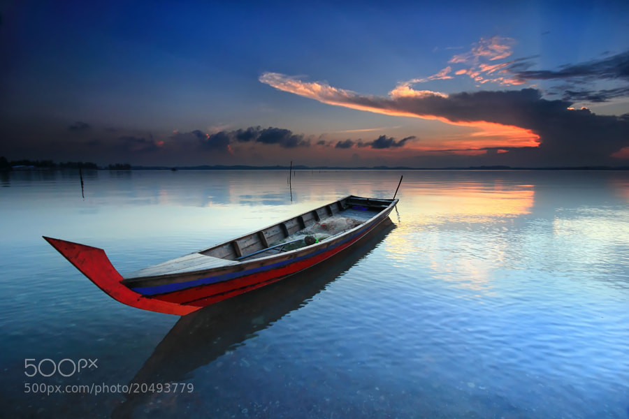 Photograph terapung by Danis Suma Wijaya on 500px