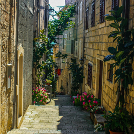 Backstreets of Korcula, Croatia, Canon EOS 40D, Canon EF 28-80mm f/2.8-4L