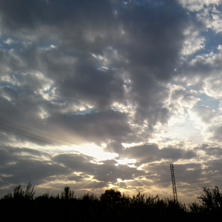 sun and clouds, Samsung GT-S3653