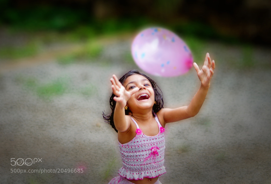 Photograph My Red Balloon  by Sreekumar  Mahadevan Pillai on 500px