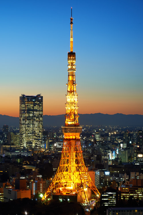Photograph Tokyo Tower at Dusk by Shigehiro Ono on 500px