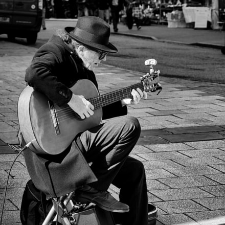 Old Busker, Canon EOS 5DS, Canon EF 85mm f/1.8 USM