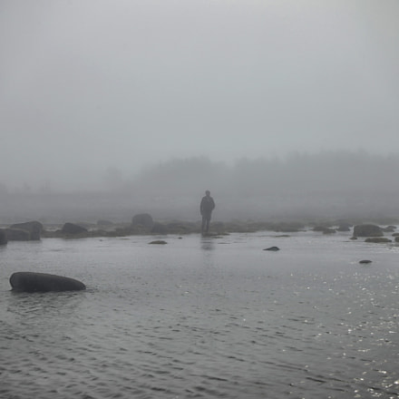 Man is in fog, Canon EOS 5D MARK II, Canon EF 28-70mm f/3.5-4.5