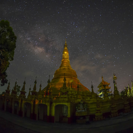 Milky Way over Pagoda, Nikon D610, AF Fisheye Nikkor 16mm f/2.8D