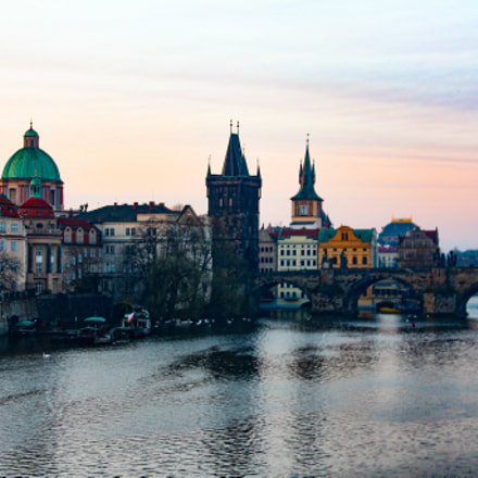 Sunrise over the Prague , Canon EOS 700D, Canon EF-S18-135mm f/3.5-5.6 IS STM