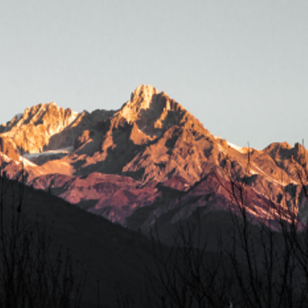 Sunrising on the Gongga, Canon EOS 500D, Sigma 18-250mm f/3.5-6.3 DC OS HSM