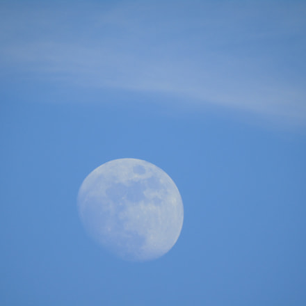 Moon and cloud in, Sony DSC-H400