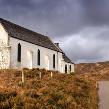 Isolated church at Lochailort, Nikon D90, AF-S DX Zoom-Nikkor 17-55mm f/2.8G IF-ED