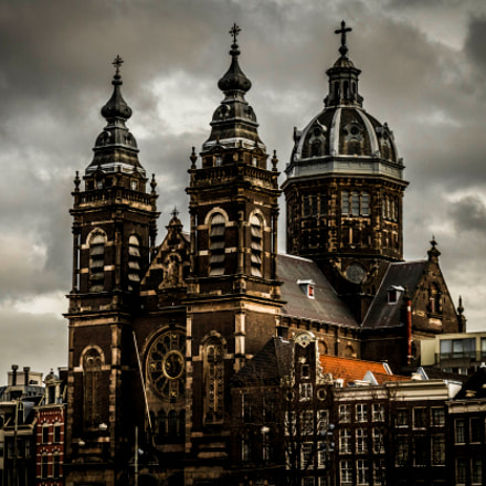 Basilica of St. Nicholas, Canon EOS 750D, Canon EF-S 18-55mm f/3.5-5.6 IS STM