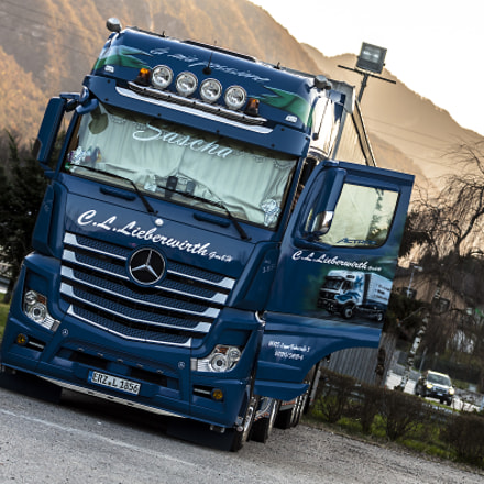 Mercedes Actros by C.L, Canon EOS 50D, Canon EF 80-200mm f/2.8L