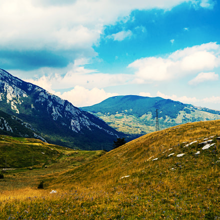 Mountains and Meadows, Nikon D600, AF Zoom-Nikkor 18-35mm f/3.5-4.5D IF-ED