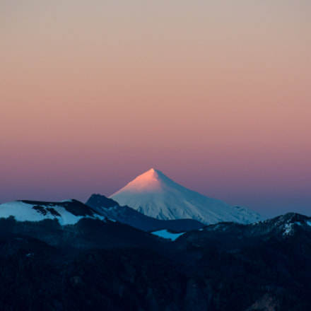 Sunrise at Volcano Villarica, Nikon D610, AF Nikkor 70-210mm f/4-5.6D