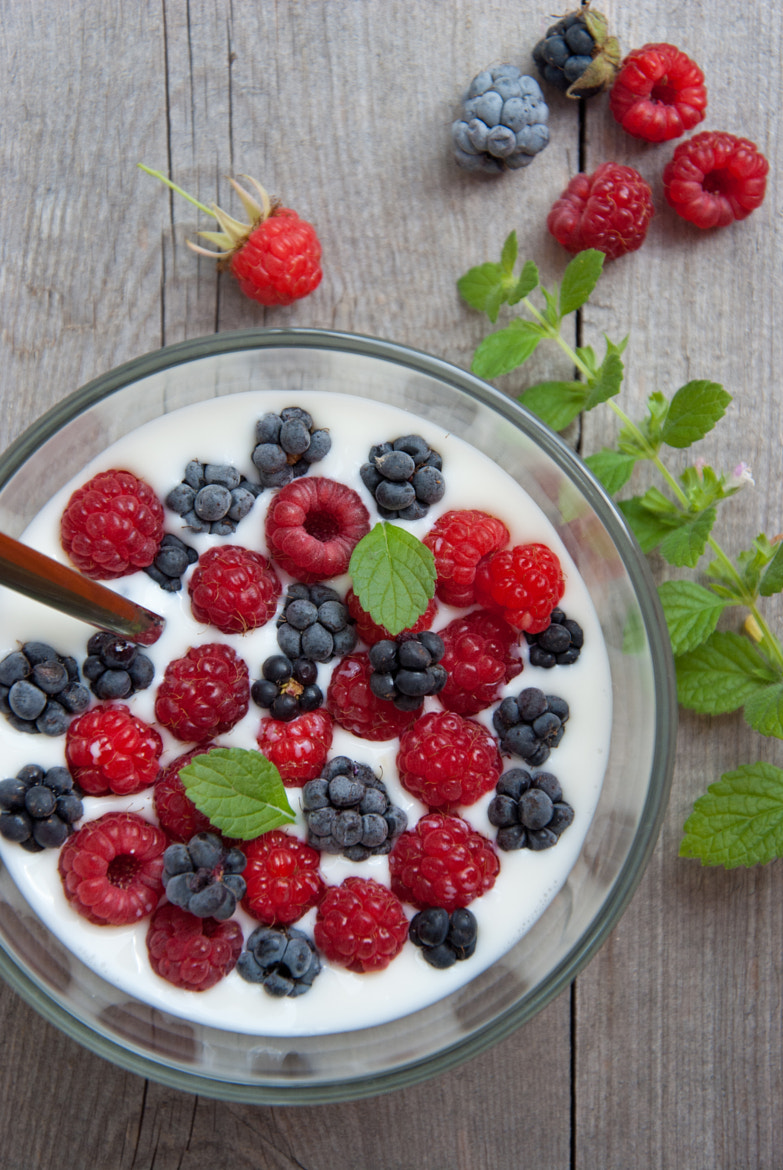 Photograph Berries with milk by letterberry on 500px