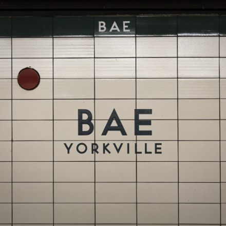 Bae Yorkville Station, Canon EOS REBEL T5I, Canon EF 24-105mm f/4L IS