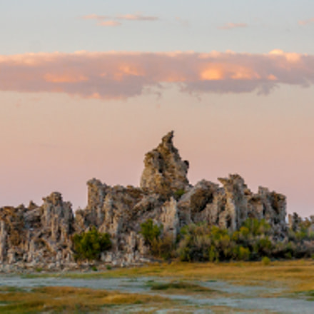 Tufas by Mono Lake, Canon EOS 5D, Canon EF 70-300mm f/4-5.6 IS USM