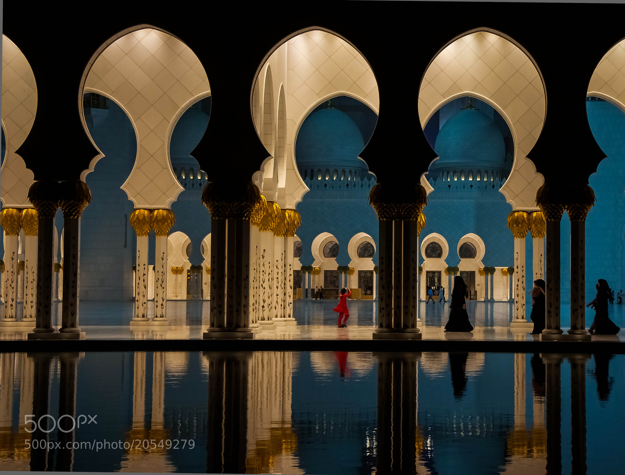 Photograph Last night at the Grand Mosque by julian john on 500px