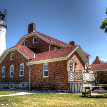 Fort Gratiot Lighthouse, Canon EOS REBEL T2I, Canon EF-S 18-55mm f/3.5-5.6 IS