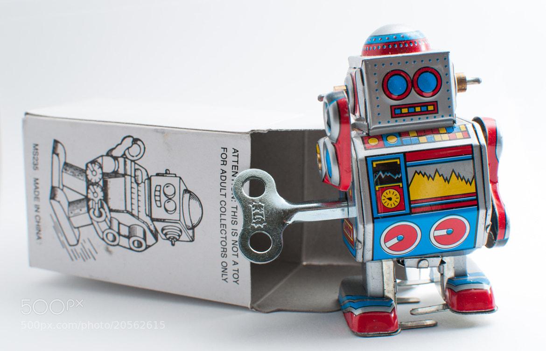 Photograph Robot by Miguel Aparicio on 500px