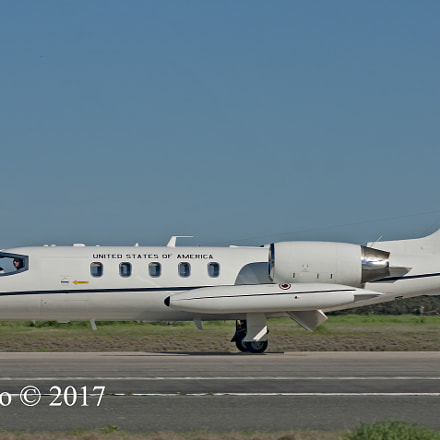 Learjet 35 40083 USAF Europe, Sony DSLR-A390, Sigma 30mm F1.4 EX DC