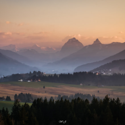 Alps in sunset lights, Sony ILCA-77M2, Tamron SP AF 17-50mm F2.8 XR Di II LD Aspherical [IF]
