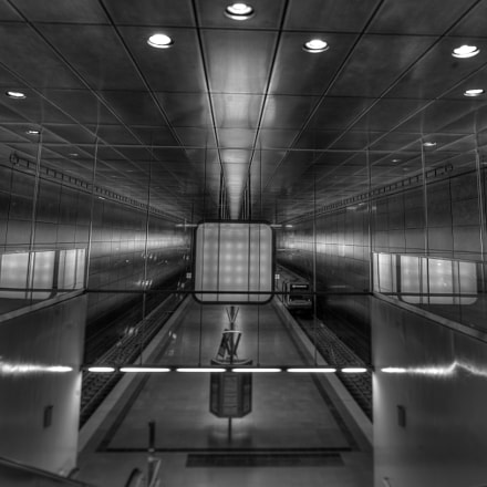 U-4 Univercity subway, Nikon D3X, PC-E Nikkor 24mm f/3.5D ED