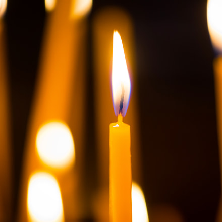 Light of candles in, Nikon D800, Sigma Macro 70mm F2.8 EX DG