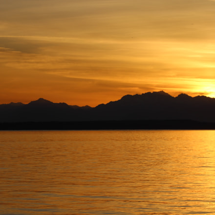 Beautiful sunset in Seattle, Canon EOS REBEL T3I, Canon EF 75-300mm f/4-5.6 USM