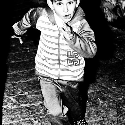 jerusalem boy, Pentax K200D, smc PENTAX-FA 43mm F1.9 Limited