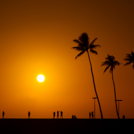 Golden Hawaiian Sunset, Canon EOS 7D, Sigma 17-70mm f/2.8-4.5 DC Macro