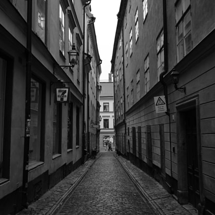 Old town streets of, Sony ILCE-7RM2, Sony FE 28mm F2