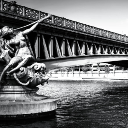Mirabeau bridge (Paris), Nikon D5100, AF-S DX Nikkor 10-24mm f/3.5-4.5G ED