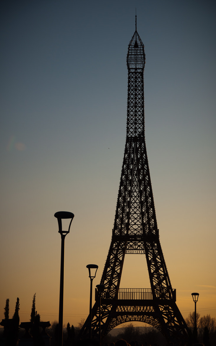 Photograph Torre Eiffel by Miguel Aparicio on 500px