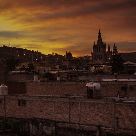 Sunset over San Miguel, Panasonic DMC-GX7, Lumix G 20mm F1.7 Asph.