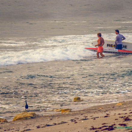 Lifeguards, Canon EOS 7D, Canon EF 75-300mm f/4-5.6 IS USM