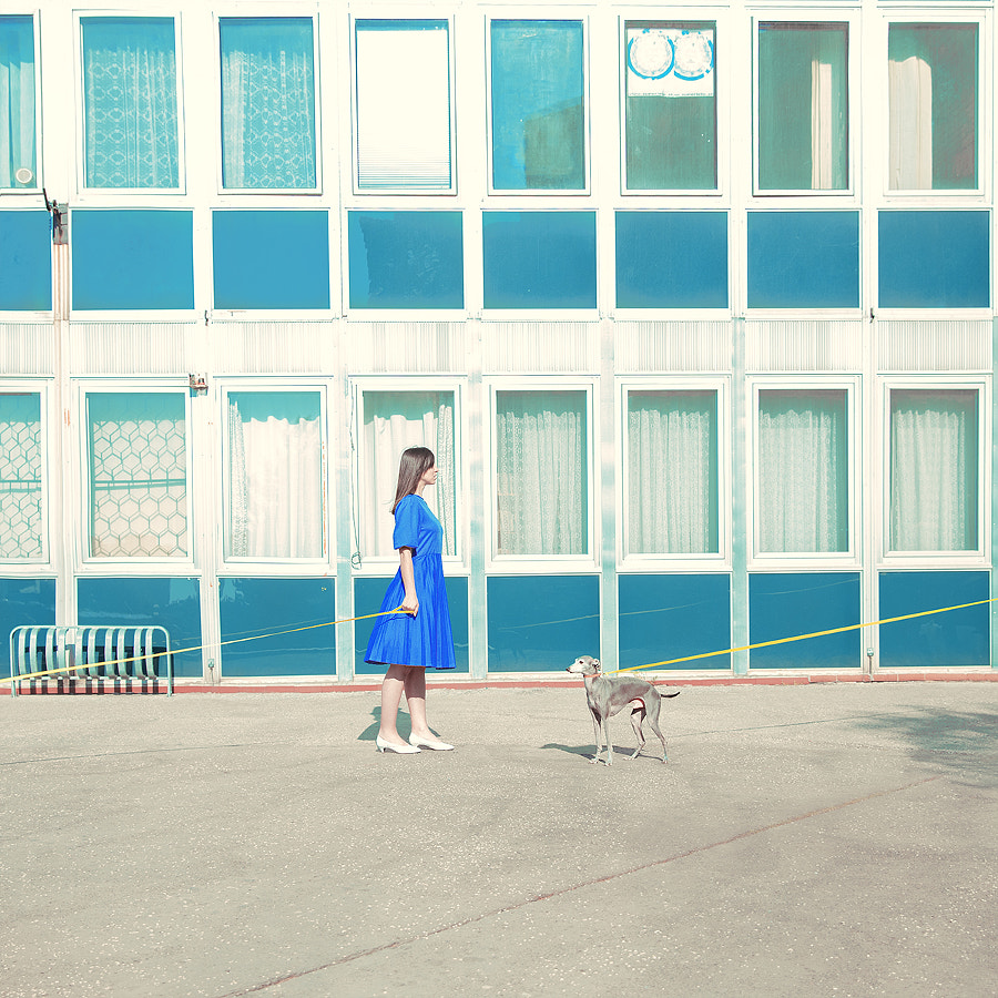 Walls_Lady with Dog by Maria Svarbova on 500px.com