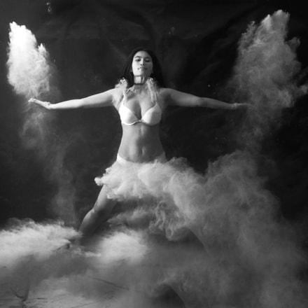 Dancing in the Clouds 3, Panasonic DMC-GH4, Lumix G X Vario 12-35mm F2.8 Asph. Power OIS