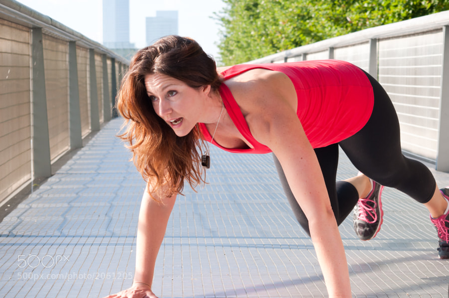 A shot from a recent shoot in Millennium Park with a physical trainer here in Chicago.