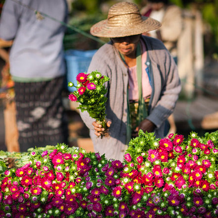 Market day in Kalaw, Nikon D700, Sigma 85mm F1.4 EX DG HSM