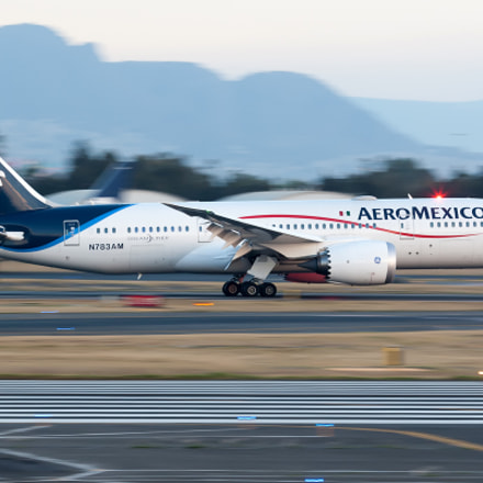 Aeromexico Boeing 787-8 N783AM, Canon EOS-1D MARK III, Canon EF 100-400mm f/4.5-5.6L IS