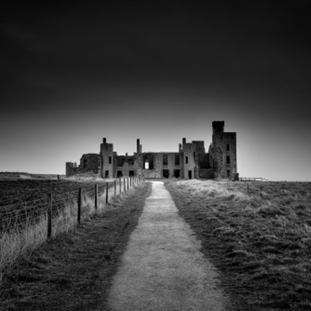 Slains Castle BW (Dracula Inspiration)
