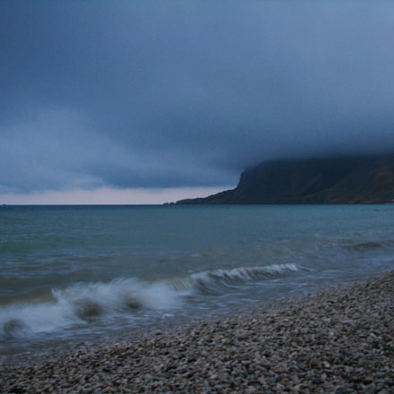Waiting for the storm, Canon POWERSHOT S5 IS
