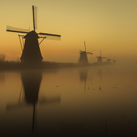 Golden Hour in Kinderdijk , Canon EOS 6D, Canon EF 24-105mm f/4L IS