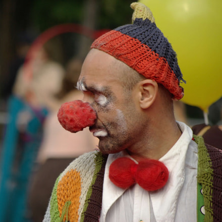 Sad clown., Pentax K10D, smc PENTAX-DA 50-200mm F4-5.6 ED