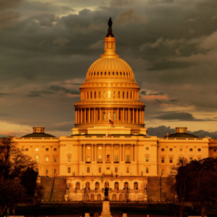 Capitol at sunset, Canon EOS 5D MARK II, Canon EF 300mm f/2.8L IS II USM