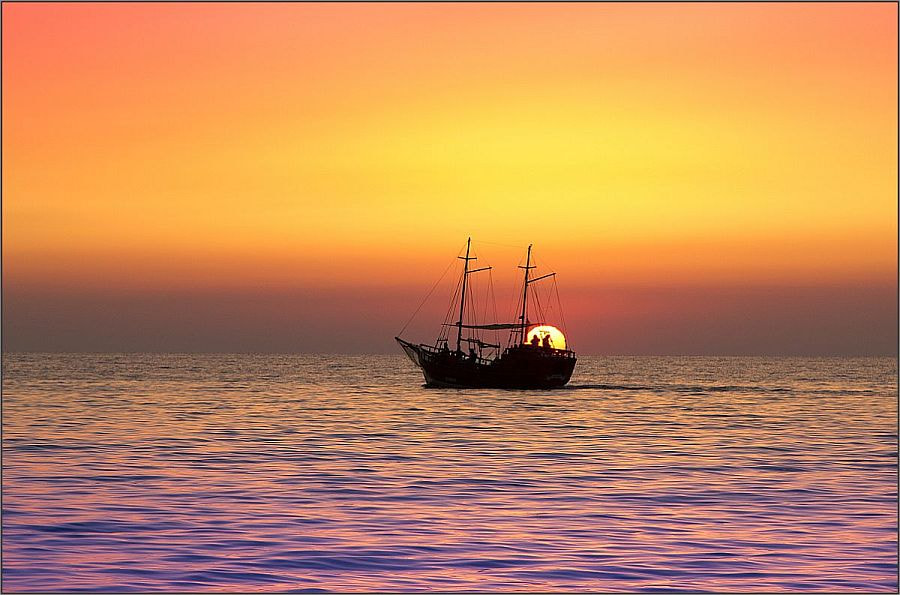 Photograph The Boat of the Rising Sun by Gino Munnich on 500px