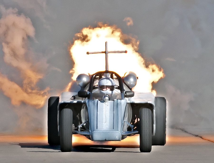 Bill Braaack in his Smoke-N-Thunder jet car.